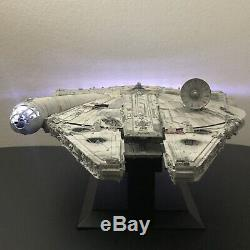 Built Perfect Grade Bandai Star Wars Millennium Falcon 1/72 With Custom Lighting