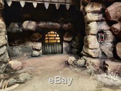 Custom Star Wars-Diorama Rancor pit