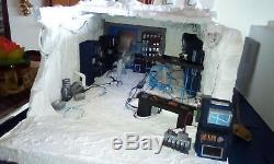 Custom Star Wars diorama Hoth base