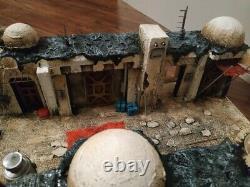 Custom Star Wars diorama Mandalorian street