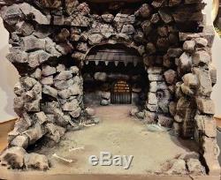 Custom Star Wars diorama -Rancor pit