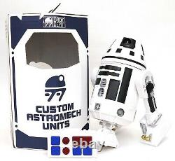 Disney Star Wars Galaxy's Edge Droid Depot White 2 Custom R2 Astromech