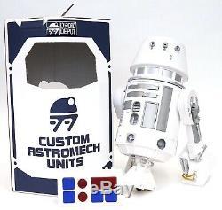 Disney Star Wars Galaxy's Edge Droid Depot White Silver Custom R2 Astromech