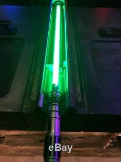 Disneyland Star Wars Galaxy's Edge Savi's Workshop Custom Lightsaber