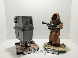 Hot Toys Jawa & EG-6 Power Droid with Custom Stands. Star Wars 1/6