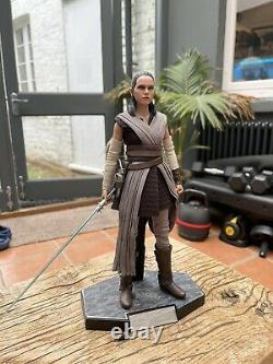 Hot Toys MMS 446 Star Wars The Last Jedi Rey (JEDI Training) in Boxes