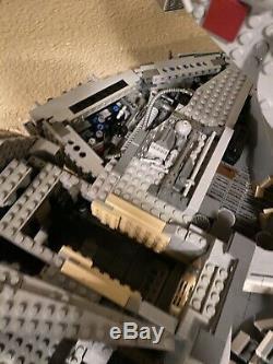 LEGO CUSTOM Like 75192 UCS Star Wars Millennium Falcon One Of A Kind With interior