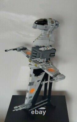 LEGO STAR WARS UCS Brickvault Custom B-wing + Instructions