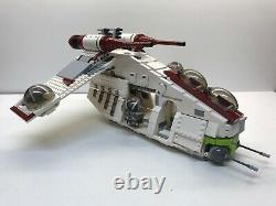 Lego Star Wars 75021 Republic Gunship (100% complete ship, 8 minifigures)
