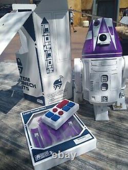 New Disney Star Wars Galaxy's Edge Droid Depot white Custom R2 Astromech