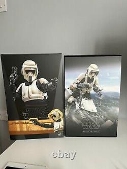 Star Wars Hot Toys Mandalorian Scout Trooper & Custom Speeder Bike