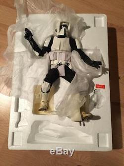 Star Wars Sideshow BIKER SCOUT Premium Format Figure 1/4 Statue + Custom Base