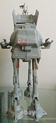 Vintage Star Wars AT-AT Walker 1983 & AT-AT Driver/Commander Snowtrooper Kenner